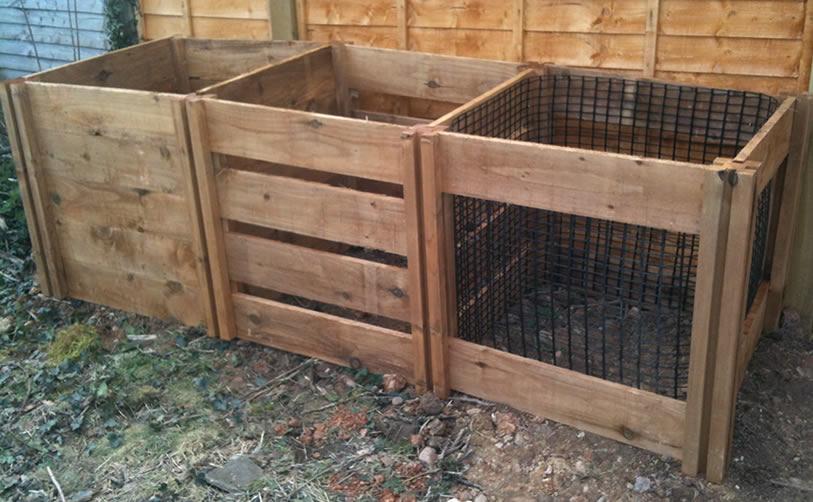 1150 Blackdown Range Triple Mix Wooden Composter