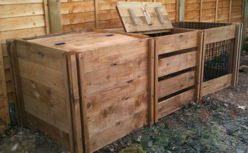 1150 Blackdown Range Triple Mix Wooden Composter with Lids