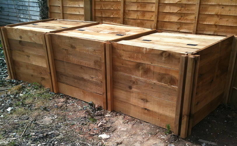 1900 Blackdown Range Triple Standard Wooden Composter with Lids