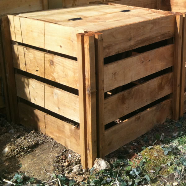 400 Blackdown Range Single Slotted Wooden Composter with Lid