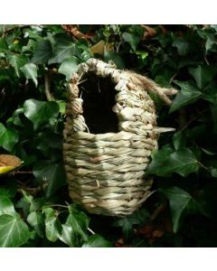 Oval Roosting Pocket for Wild Birds